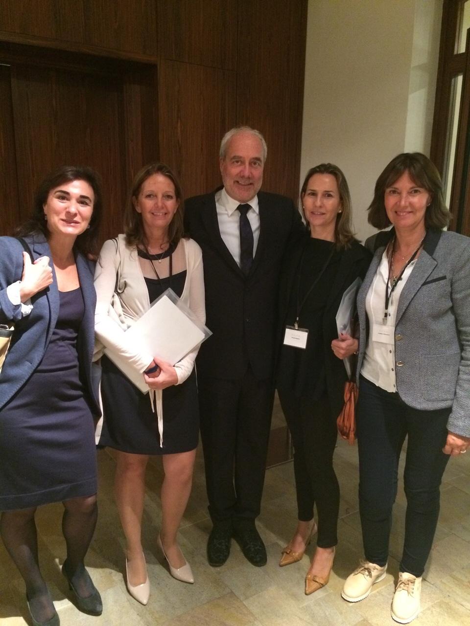 Con el Dr Swift, Dra. Sopena y Dra Sitges en Praga
