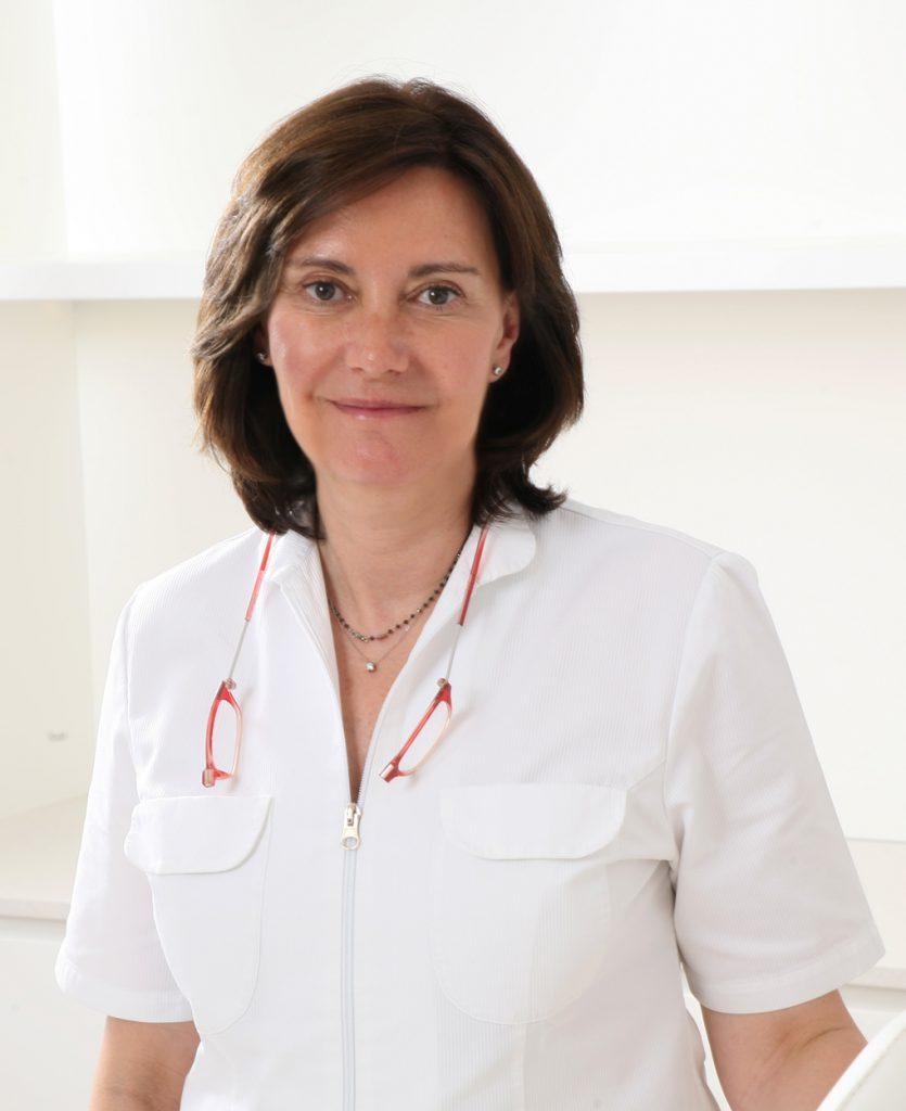 Dra Cristina Villanueva