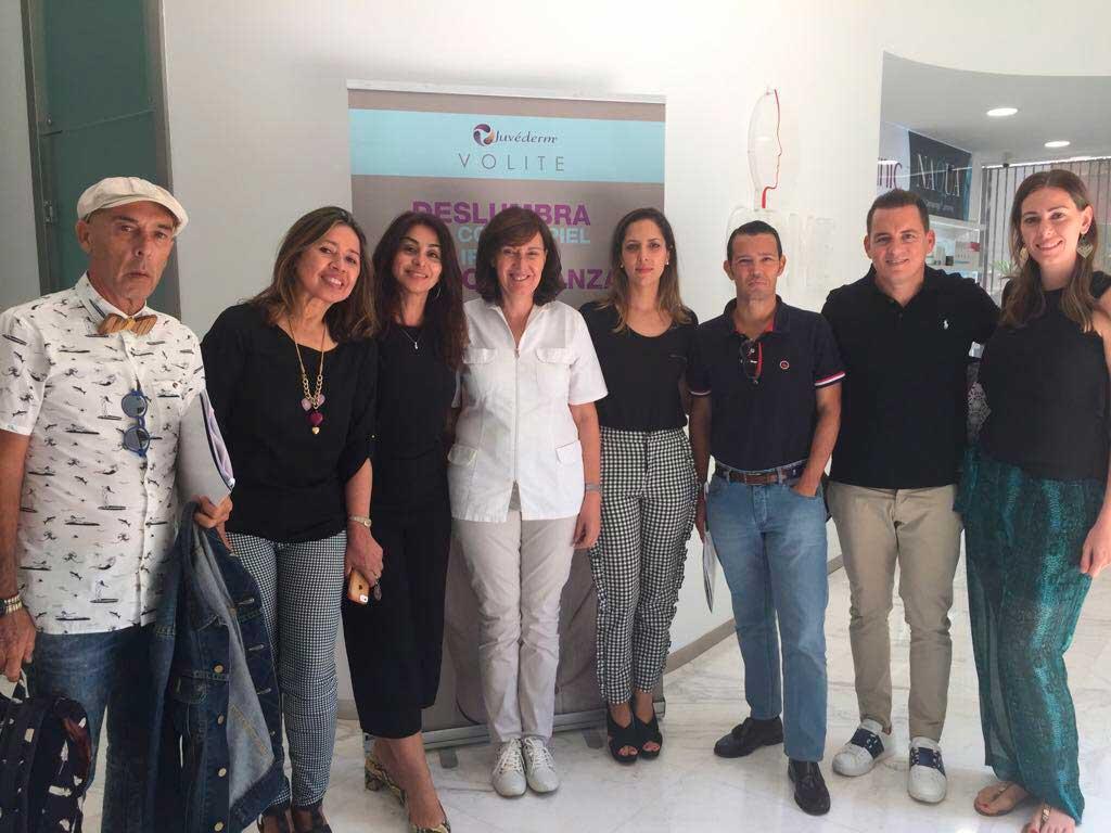 La Dra Villanueva en Canarias con el Dr. Rueda, Dra.Theis, Dra. Violan, Eva León, Dr. Barber, Dr.Martin y Dra. Medina.
