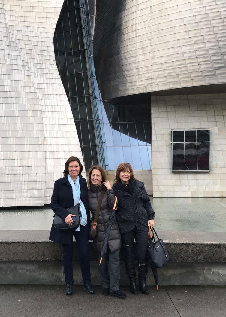 Con las Dras Campoy y Govantes en el Guggenheim - Bilbao 2016